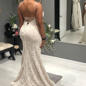 Dresses - Essence of Australia Ivory Lace over Honey Gown